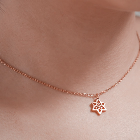 DAFFODIL MARCH BIRTHFLOWER NECKLACE