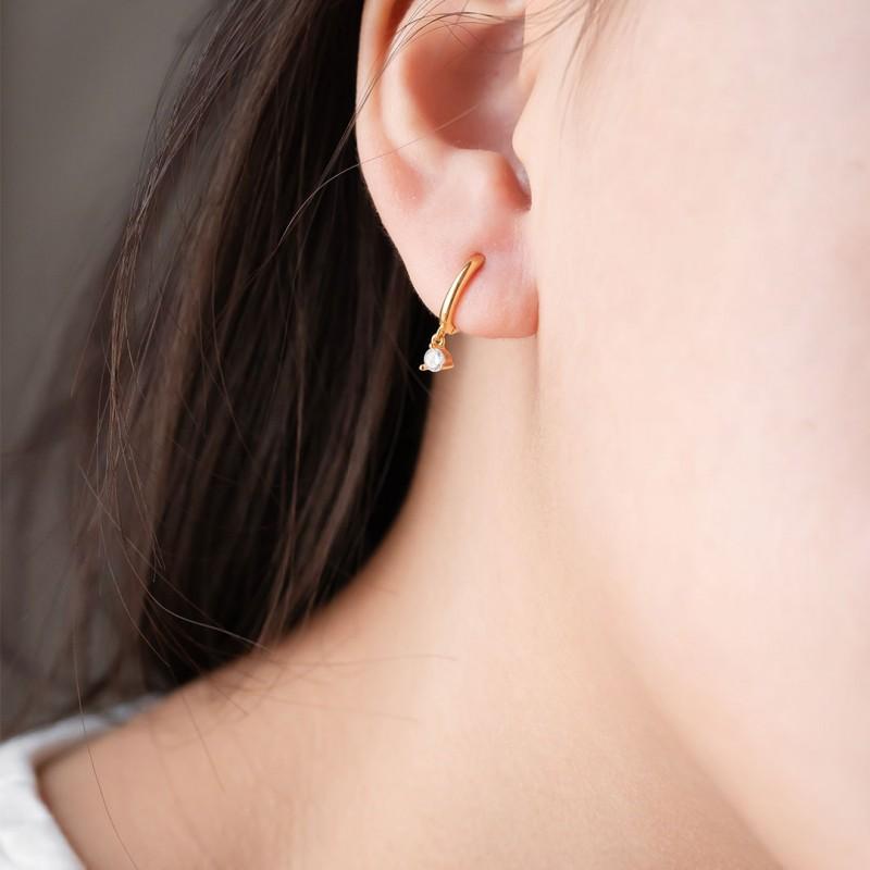 REVA HOOP EARRINGS